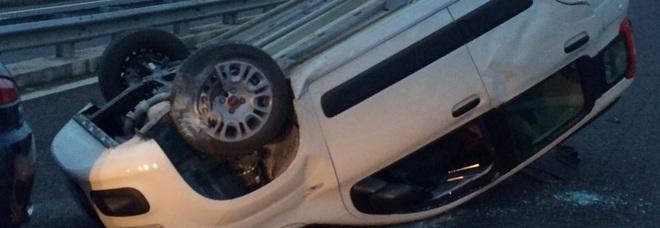 Si ribalta con l'auto: muore sulla Nola-Villa Literno