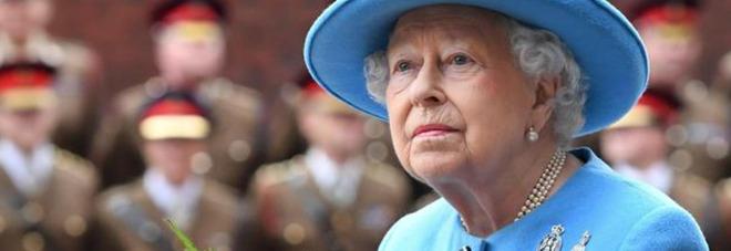 Regina Elisabetta, il gesto choc verso i sudditi: «Ha nascosto la sua ricchezza. Ecco a quanto ammonta il suo patrimonio...»