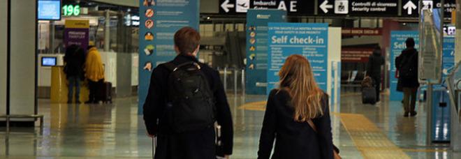 Viaggi all'estero vietati, il Governo pensa a una stretta fino al 30 aprile