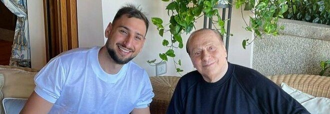 Donnarumma, incontro tra ex numeri uno rossoneri con Berlusconi: «È sempre un onore»