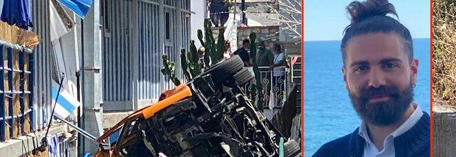 «Notizia certissima, malore dopo il vaccino»: Emanuele morto a Capri, lo sciacallaggio choc su Twitter
