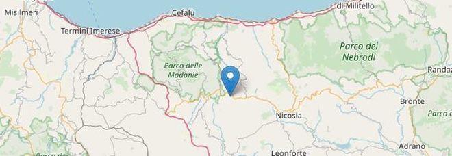 Terremoto nel Palermitano vicino al parco delle Madonie: gente in strada