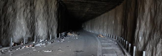 Napoli, la galleria dimenticata a Ponticelli: avrebbe smaltito il traffico di via De Meis