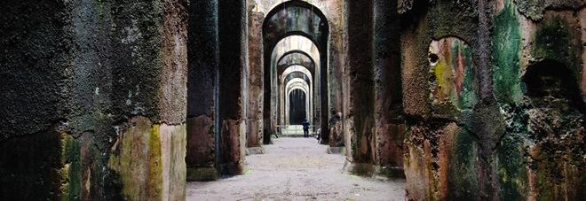 Campi flegrei ecco i custodi del mito aprono i monumenti - Villa mirabilis piscina ...