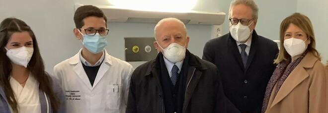 Vaccino Covid a Napoli, prima dose anche per gli studenti di Medicina e chirurgia del Policlinico Federico II
