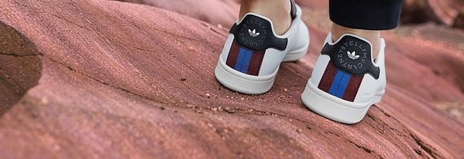 new concept 7f490 3a08a Adidas e Stella McCartney lanciano le prime Stan Smith ...