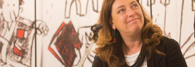 """Barbara Schiaffino, direttrice della rivista """"Andersen"""", ritratta da Mara Pace"""