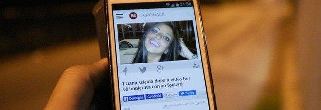 Il suicidio di Tiziana, l'ultima beffa: quei video hard sono ancora online