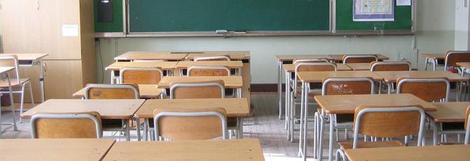 Covid a Cicciano, 4 alunni positivi: sindaco chiude un plesso scolastico