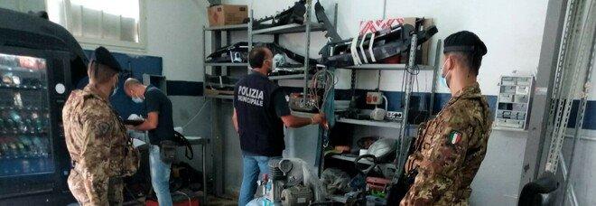 Officina abusiva e rifiuti speciali sequestrati a Napoli, denuncia bis per il titolare