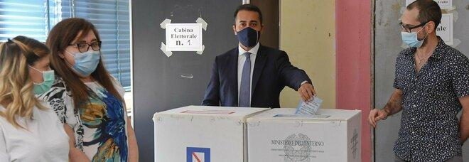 Elezioni comunali 2020, l'alleanza Pd-M5S paga in Campania: vittoria a Caivano, ballottaggi a Giugliano e Pomigliano