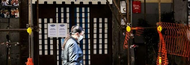 Napoli, la beffa della tassa rifiuti: zero incassi ma va pagata, è rivolta