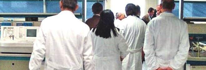 Medici, via libera al contratto aumento medio di 200 euro