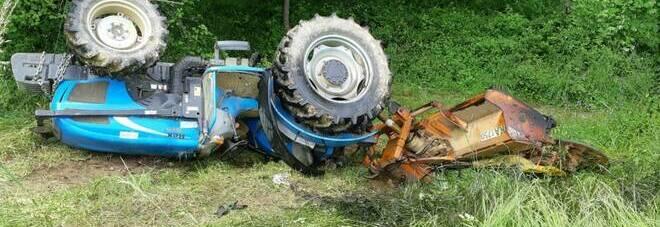 Si ribalta il trattore nell'Avellinese, uomo di 75 anni resta ucciso