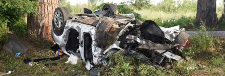 Auto fuori strada all'Acciarella: un morto e quattro feriti