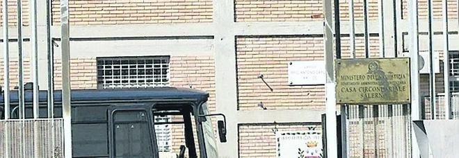 Guerriglia in carcere tra napoletani e salernitani: oltre 37 anni di pena
