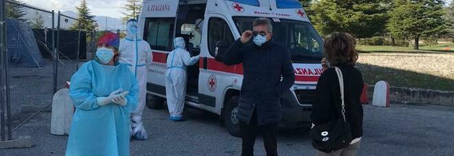 Il sindaco Gianni di Pangrazio in ospedale con l'assessora Colizza. Covid, sedicesima vittima alla Rsa Don Orione. Blitz del sindaco in ospedale