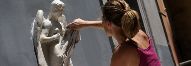 Napoli. Restituita alla città la storica fontana delle «zizze»