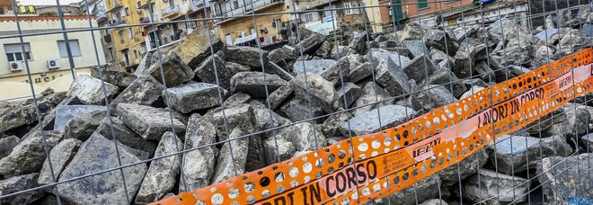Porta Capuana a Napoli, minacce all'impresa: i clan sfrattano il cantiere Unesco
