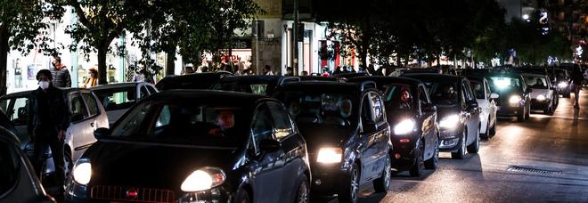 Napoli: guasto elettrico, restano al buio centinaia di case in via Epomeo