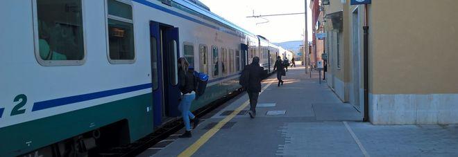 Destinazione magna graecia il treno fa tappa a paestum - Porta sirena capaccio ...