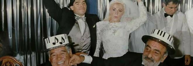 Maradona fa ancora scandalo: «Mio suocero mi avvicinò alla cocaina»