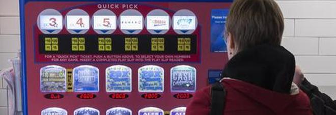 Super fortunata, donna vince nello stesso giorno trenta volte alla lotteria