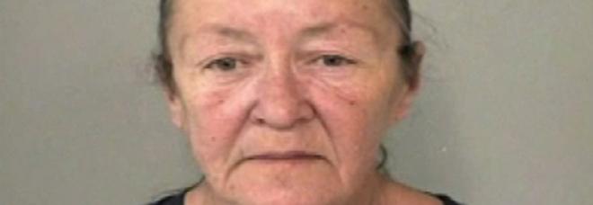 Baby sitter scuote troppo il bambino, lui muore 34 anni dopo: arrestata