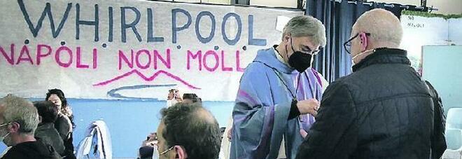 Whirlpool Napoli, l'ultima beffa: lavatrici a ruba ma la fabbrica di via Argine chiude