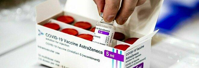 AstraZeneca, seconda dose: ecco cosa accade (dopo lo stop Ue) a chi deve farla