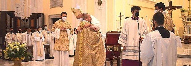 Campagna: dopo 50 anni in Cattedrale l'ordinazione di un parroco