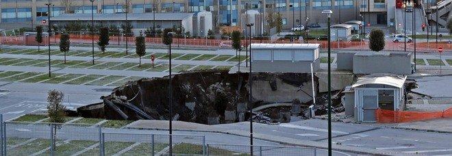 Ospedale del mare ancora in tilt, pazienti dirottati al Cardarelli: è caos