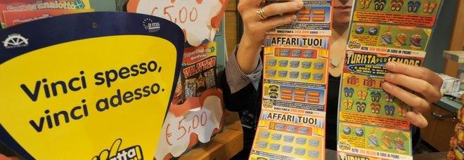 Grosseto, vince 5 milioni al Gratta e Vinci: donna sviene in tabaccheria