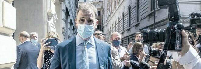 M5S non si libera di Grillo. E Casaleggio spara su Conte
