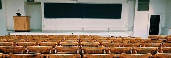 Scienze e tecniche psicologiche, il Tar Campania boccia il numero chiuso all'Università Federico II