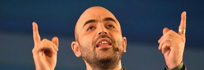 Roberto Saviano a Di Martedì: «Si sente l'incompetenza del governo. E il ministro fa un libro»
