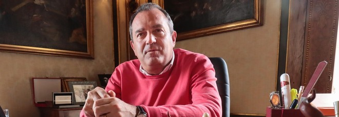 De Magistris candidato in Calabria: «Alleanze con chi è fuori del sistema»