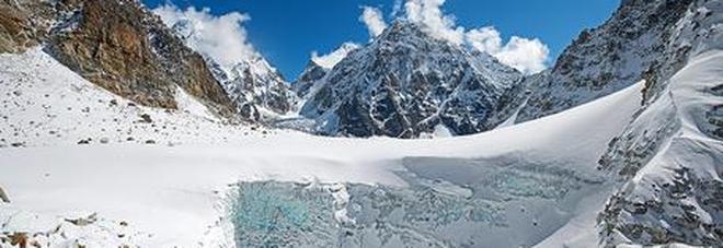 Valanga sull'Himalaya, tre morti e sette dispersi