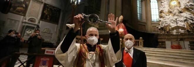 Napoli, niente miracolo di San Gennaro: il terribile 2020 si chiude col sangue solido