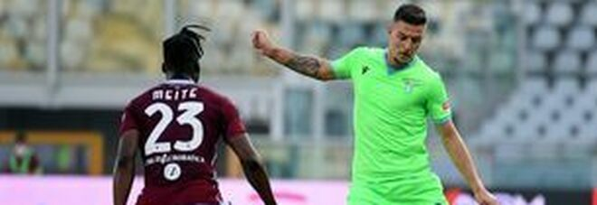 La Lazio ribalta il Toro nel recupero: decisivi i gol di Immobile e Caicedo