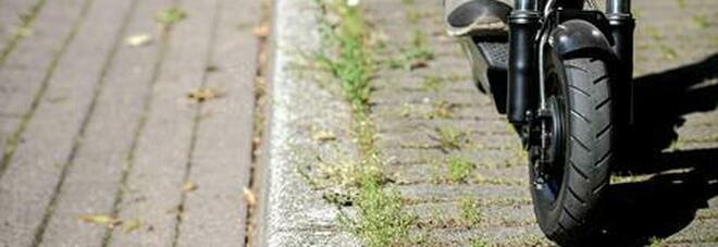 Roma, incidente sul monopattino: muore a 52 anni Davide