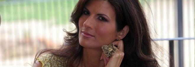 431e3810a153 Pamela Prati non si sposa più»  il gossip è virale e lei rende ...