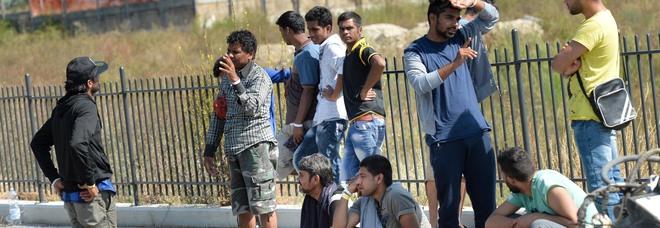 Migranti, accoglienza a rischio il Tar blocca il nuovo bando