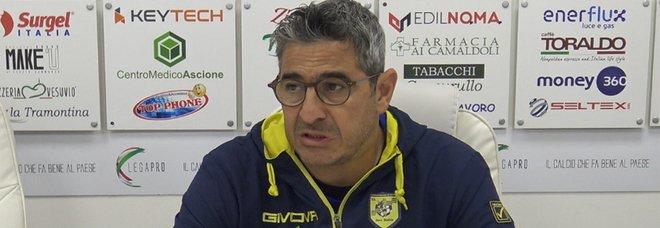 Juve Stabia-Catanzaro rinviata, Padalino: «Faremo un gran finale»