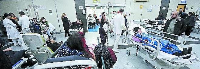 Napoli, Ospedale del Mare al palo: emergenza in tilt tra caos e ritardi