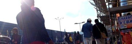 Napoli, l'assalto dei clan africani: sette euro per una dose di cocaina