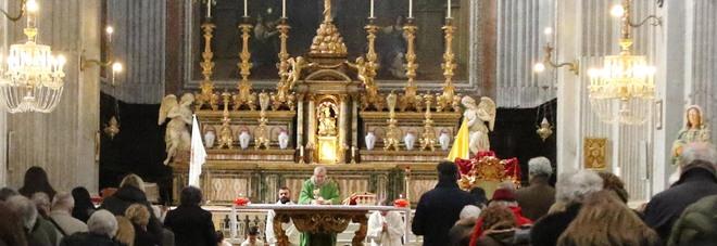 Preti e festini gay a pagamento due parroci perquisiti a Napoli