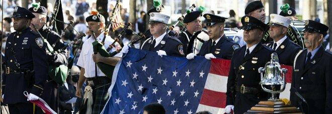 11 settembre, un minuto di silenzio a New York: poi letti i nomi di tutte le vittime