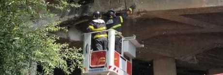 Crepe sul ponte della Domiziana: riaperto dopo l'intervento dei tecnici