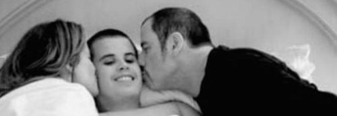 Kelly Preston, il figlio Jett e John Travolta